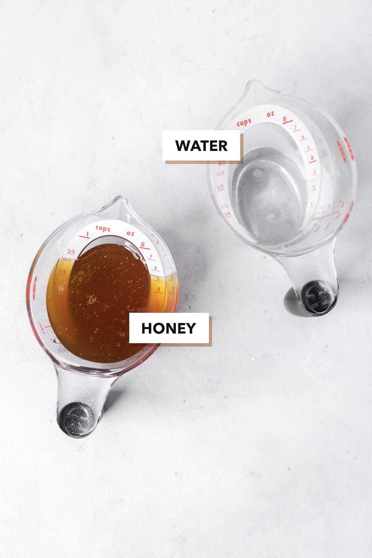 Honey simple syrup ingredients.