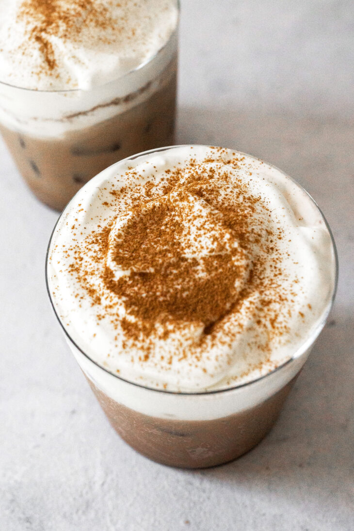 Iced Mexican coffee in cups.